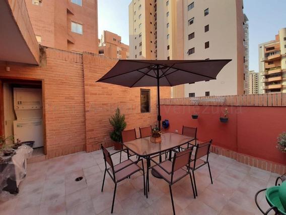 Apartamento En La Trigaleña Valencia Carabobo 20-9235 Prr