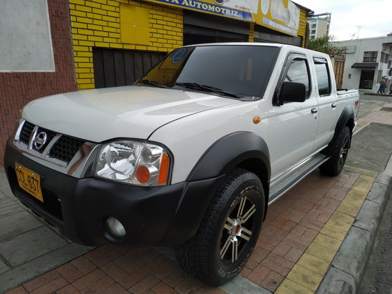 Vendo Nissan Frontier D22 2007 4x4 Gasolina 2.4 D. Cabina