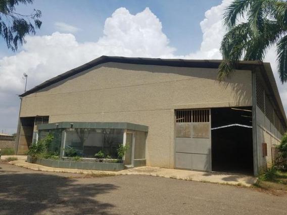 Galpón En Zona Norte Luis Infante Mls #19-11327