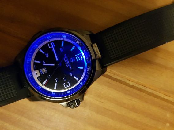 Relógio Swiss Arms Victorinox Night Vision