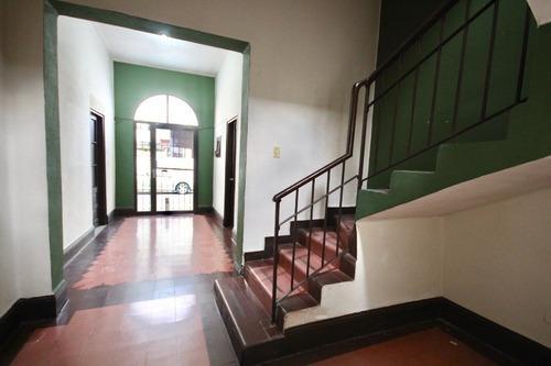Casa En Renta Para Oficinas En Centro De Monterrey, Serafín Peña.