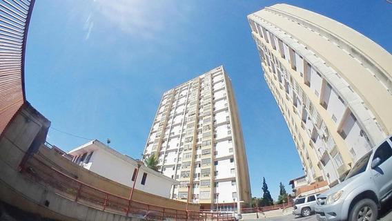 Apartamento En Venta Centro Barqto 19-17531jg