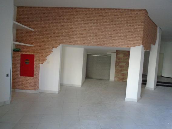 Loja De Frente Para Rua, Com 140m2 C/ Estacionamento - 593