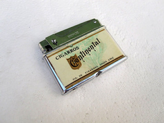 Encendedor Antiguo Cigarrillos Continental-japan-año 1958