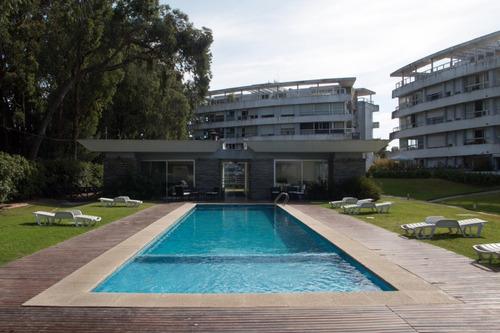 Venta Apartamento Carrasco, Alamos De Carrasco