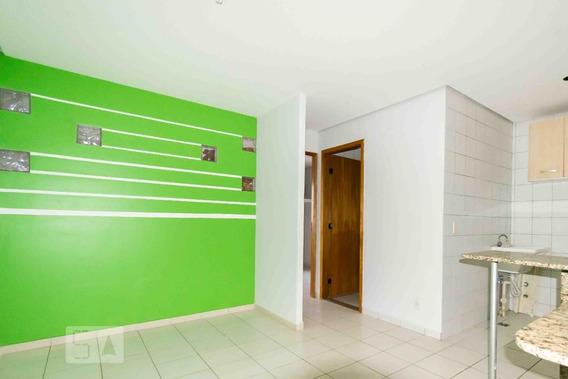 Apartamento No 4º Andar Com 1 Dormitório E 1 Garagem - Id: 892947092 - 247092