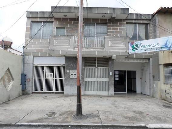Oficina En Alquiler Centro Barquisimeto Lara 20-321