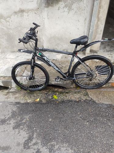 Imagem 1 de 9 de Bicicleta