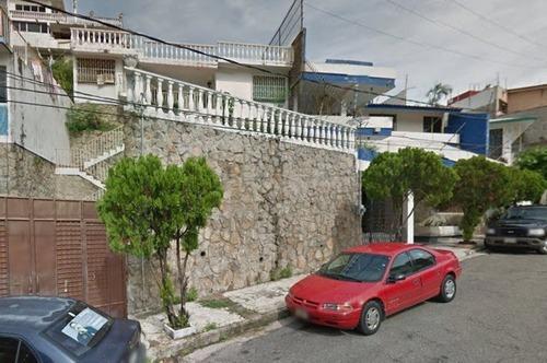 Casa En Fracc. Costa Azul Calle Cap. Sebastian Holzinger