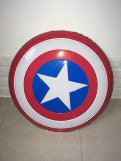 Escudo Captain America Deluxe Adult Halloween Metal Shield
