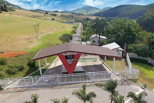 Imagem 1 de 4 de Terreno À Venda, 1000 M² Por R$ 123.000,00 - Village Parahybuna - Paraibuna/sp - Te0922