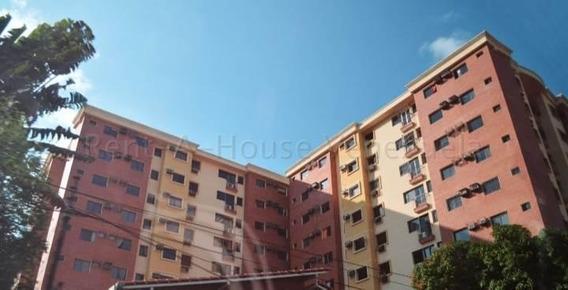 Apartamento En Venta Valera Av. Bolivar Rah 20-9386 J