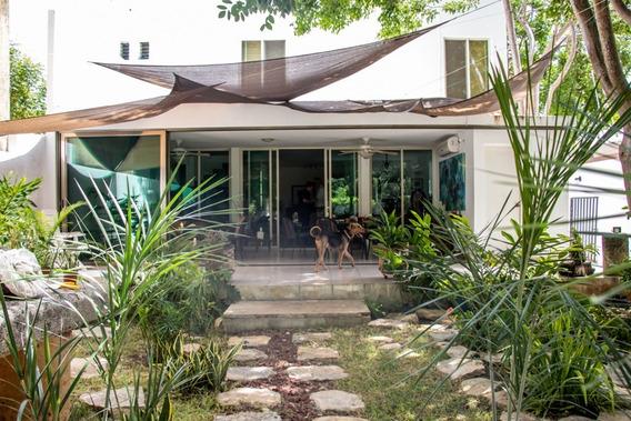 Amplia Residencia En Emiliano Zapata Norte