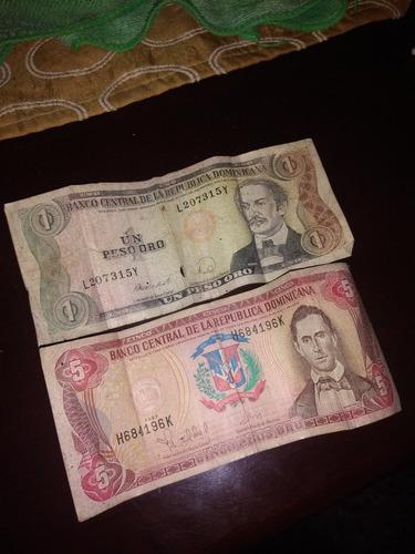Una Papeleta De Un Peso Y Una De Cinco Pesos Antiguo