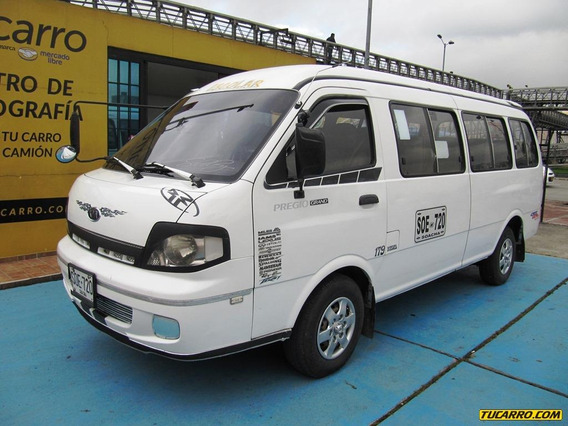 Microbus Kia Grand Pregio