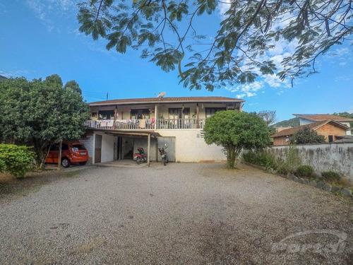 Casa No Bairro Itoupava Norte, Com Área Total De 568,00 M² E Área Construída De Aproximadamente 188,00 M². - 3572809v