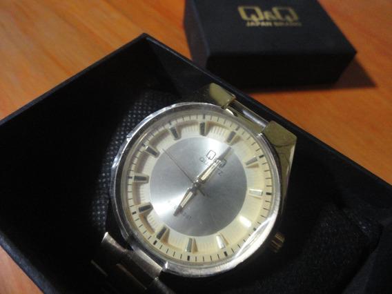 Reloj Pulsera Q&q/ Dorado/