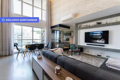Apartamento No 11º Andar Mobiliado Com 1 Dormitório E 2 Garagens - Id: 892838976 - 138976