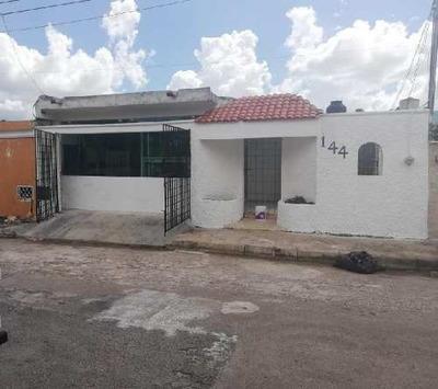 Casa En Venta En Mulsay, Merida