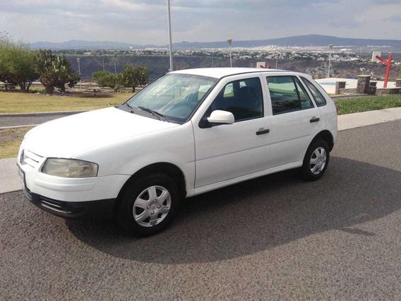 Volkswagen Pointer 2006, Motor 1.8/ 4 Puertas , Blanco.