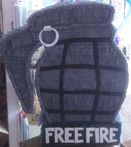Piñata Freefire
