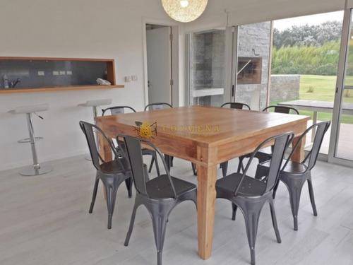 Casa En Complejo - En La Brava - Excelente Opcion. Consulte !!!!!- Ref: 3448