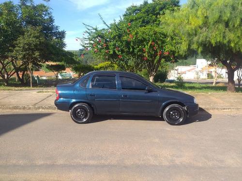 Corsa Sedan Azul 2000/2001
