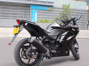 Ninja 250 Negra Divina