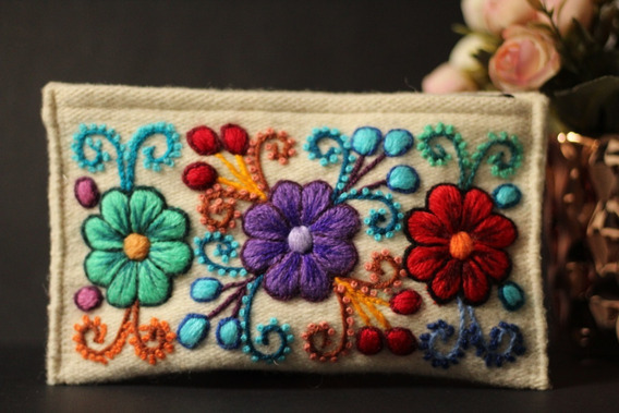 Bolsas Bordadas A Mão Em Lã De Alpaca/bordado Cusqueño/perú