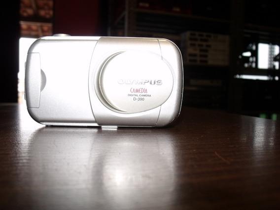 Câmera Digital Olympus Camedia D390
