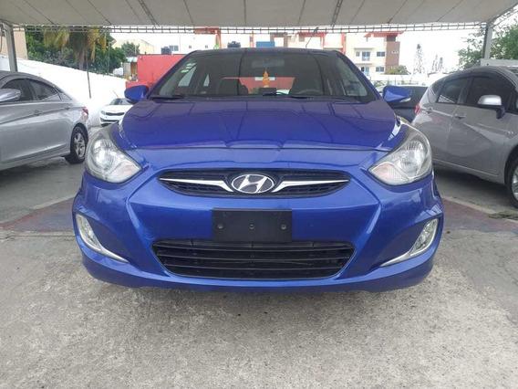 Hyundai Accent Inicial 150,000