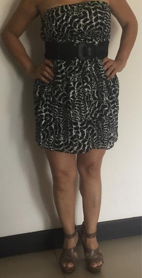 Vendo Vestido Con Lindo Estampado Blanco Y Negro Talla M