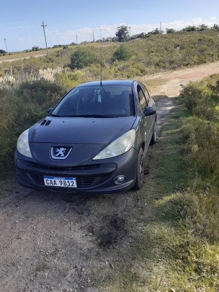 Peugeot 207 1.4 Xs 2011