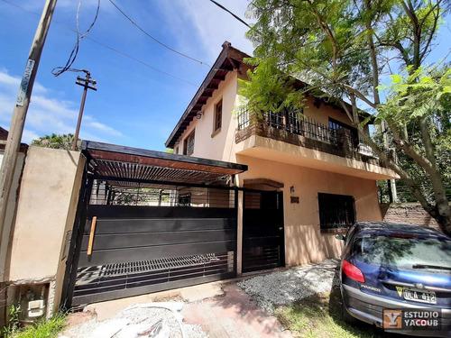 Casa Venta 3 Dormitorios - Terreno 10x30 - 300 Mts 2 Totales 110  Mts 2- Manuel B Gonnet