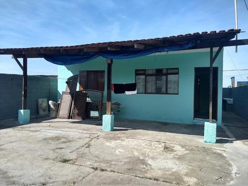 Imagem 1 de 14 de Linda Casa De Praia Com 1 Quarto E Amplo Espaço!