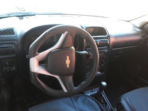 Chevrolet Astra Sedan 2000 1.8 Gl 4p