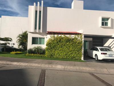 Puerta De Hierro, Hermosa Casa Recien Remodelada. Ejecutivos