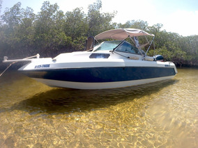 Barco 24 Pies Con Motor Fuera De Bordo 200 Evinrude.