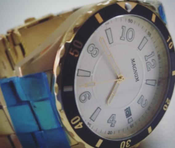 Relógio Analógico Magnum Dourado Fundo Branco De Pulso Homem