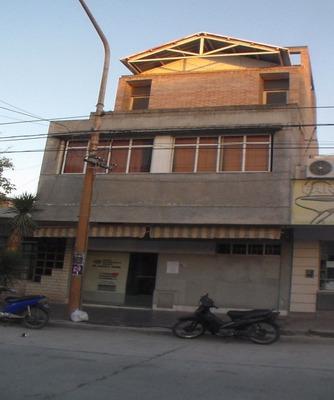 Importante Edificio Apto Centro Medico-obra Social-banco-etc