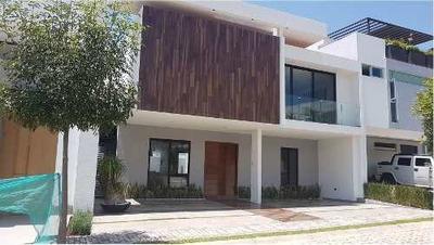 Casa En Venta Lomas De Angelópolis Parque Guanajuato.