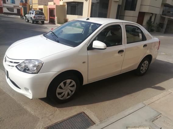 Toyota Etios Motor 1.5 2019 Blanco 5 Puertas