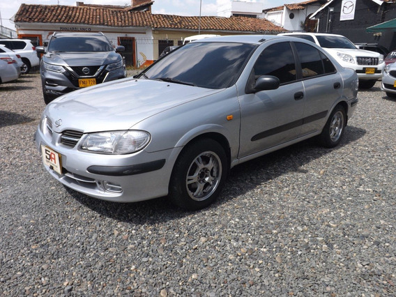 Nissan Almera Modelo 2001