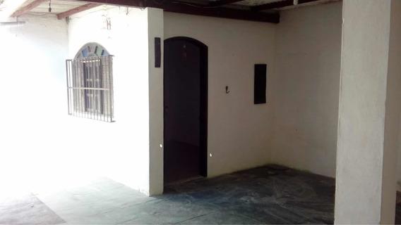 Casa 02 Quartos Mais Edícula Arraial Do Cabo
