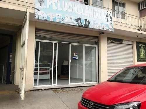 Local Comercial En Renta En Viveros De La Hacienda!