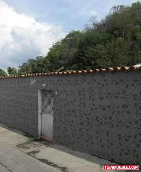 Casa En Guarenas Urbanizacion Los Naranjos Vereda