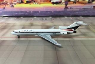 Miniatura Do Boeing 727 Nas Cores Da Delta Em Escala 1/400