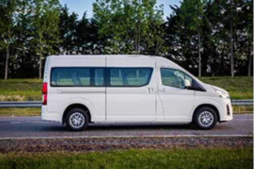 Toyota Hiace Commuter 2.8 Tdi 6 At 14 As. Gi