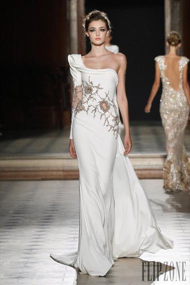 Vestido De Noiva Novo Bordado Tamanho Usa 4 - Br 38