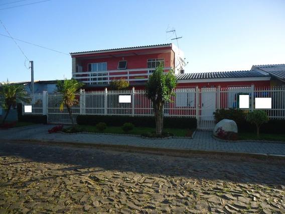 Casa Em Prq 35 Com 4 Dormitórios - Bt6572